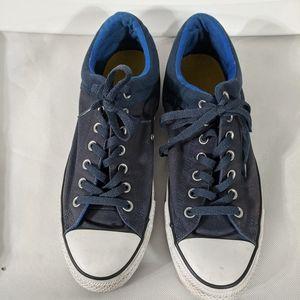 Navy Blue Converse All Stars - size M 10.5, W 12.5